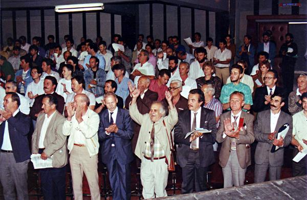 За тие што заборавиле   зошто ја формиравме ВМРО ДПМНЕ во 1990 г