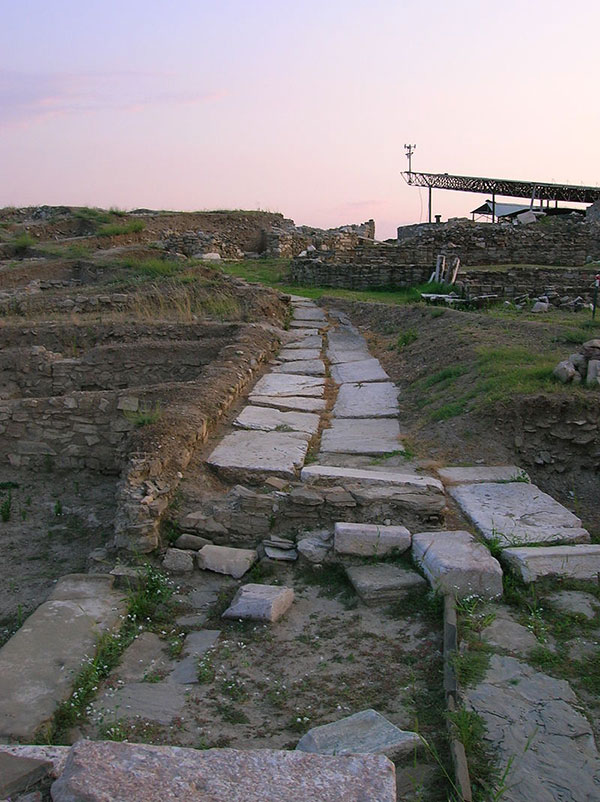 Street remains at stobi