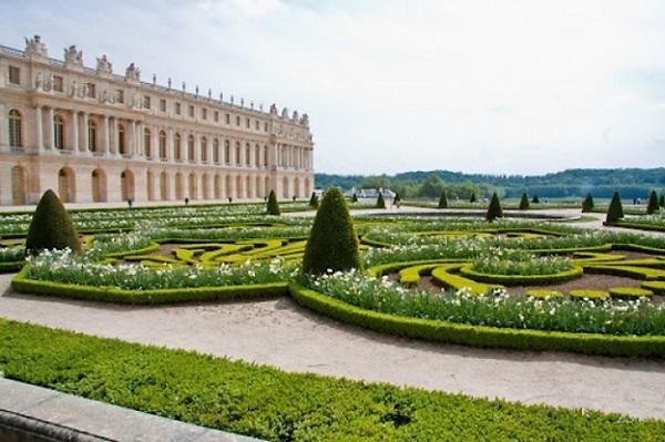 Во Версај   седиштето на француските  кралеви  3